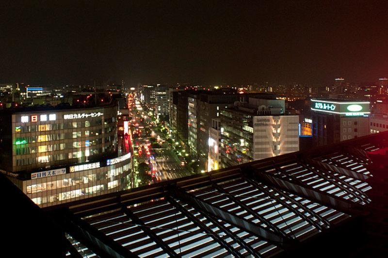 vista nocturna de fukuoka