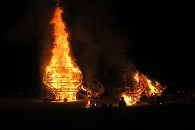 hirosaki neputa matsuri bonfire